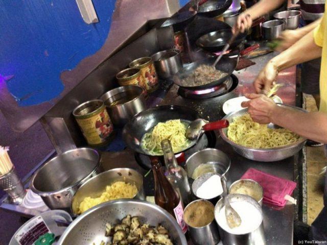 沙茶羊肉麵厨房