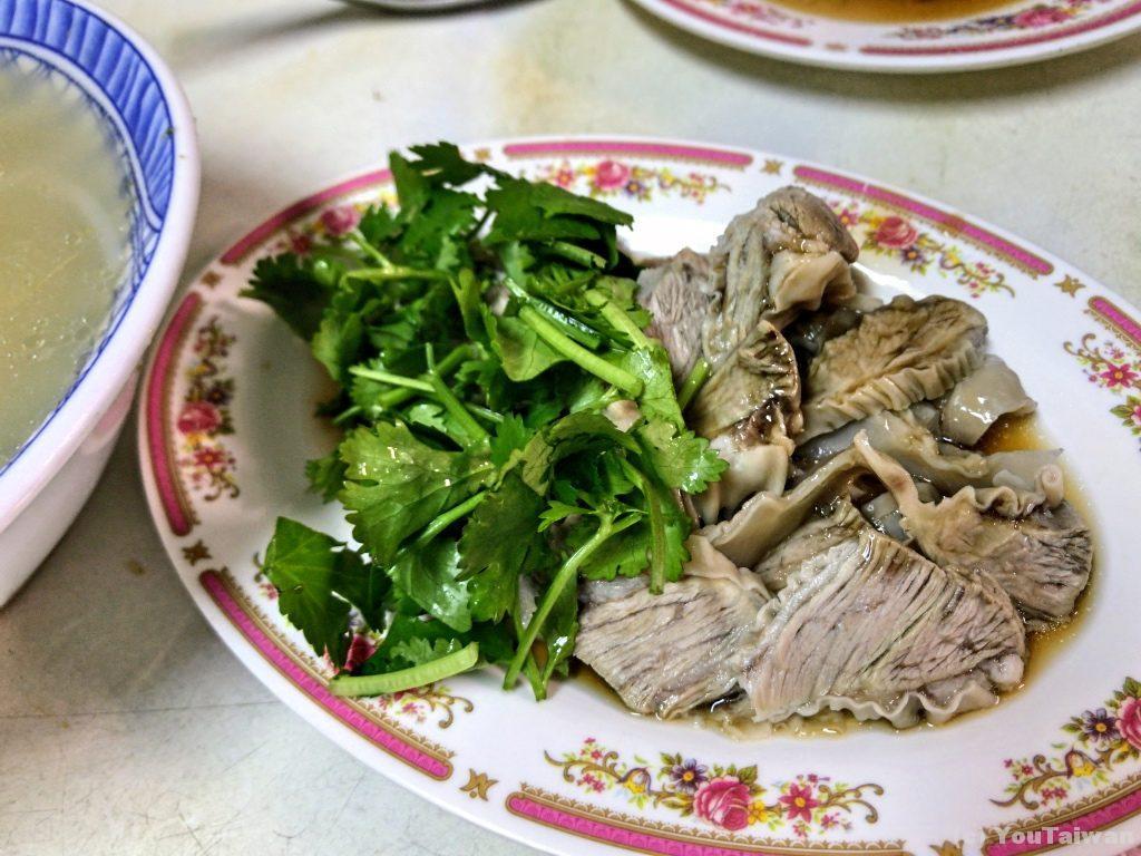 肝璉肉と香菜たっぷり