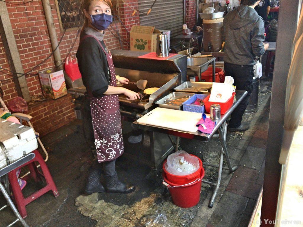 台湾式オープンキッチン